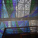 Antigua Universidad Laboral. Vidriera de la caja de la escalera (foto Francisco Rodríguez Marín)