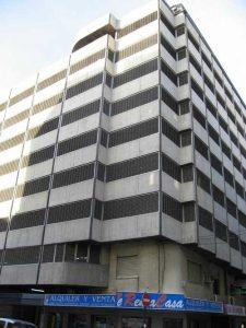 Edificio de aparcamientos