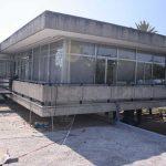 Antigua Universidad Laboral. Vista parcia de un módulo desde una terraza (foto Francisco Rodríguez Marín)