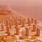 Fotografía aérea de la urbanización Playamar, del Estudio Lamela.