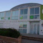 Edificio de usos múltiples del Jardín Botánico de la UMA. Fachada principal. Vista parcial (foto Rodríguez Marín)
